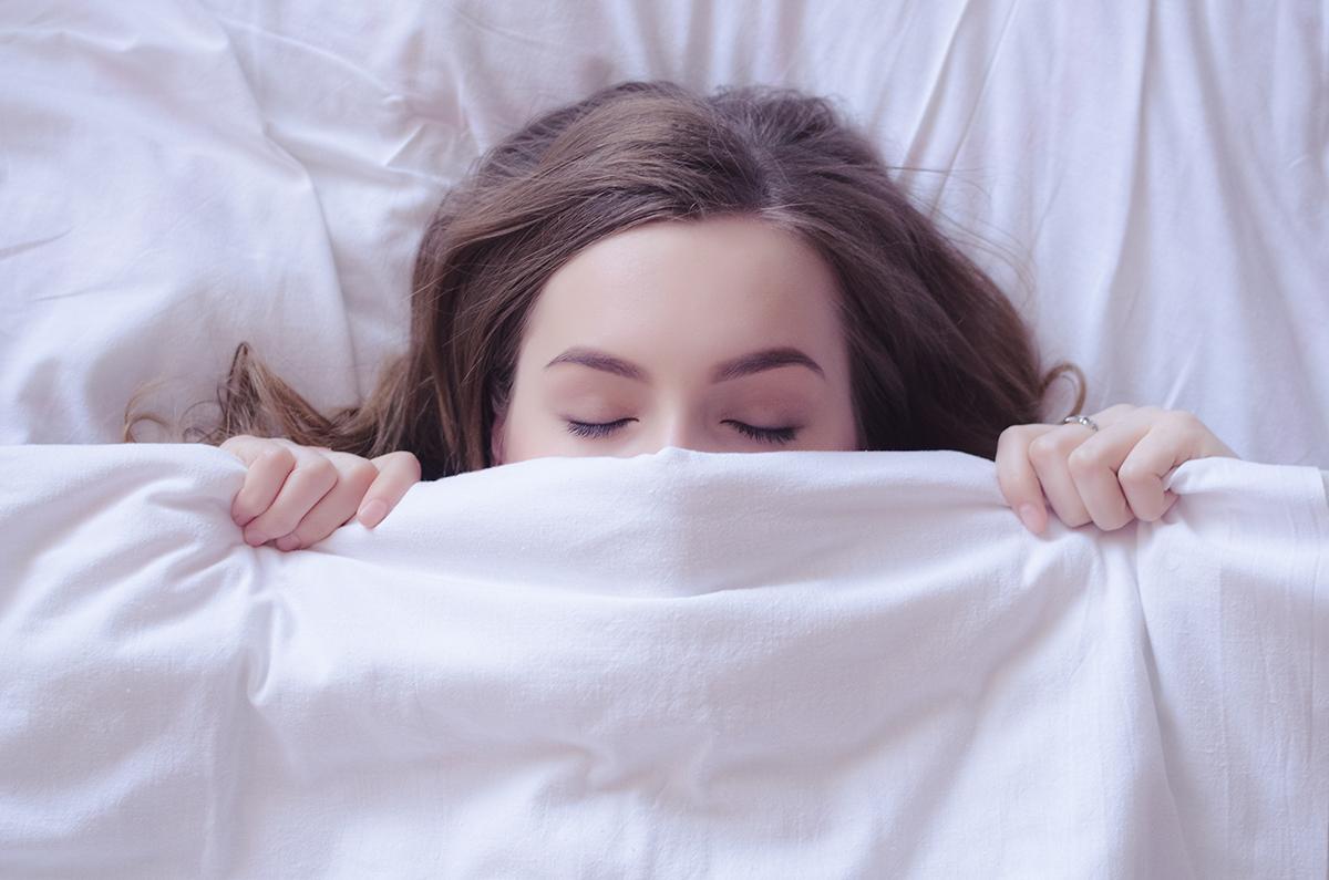 sleeping-bruxism-hootsmile